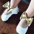 Zapatos de Bebé de Cuero genuino Niñas Mary Jane Flor Zapatos de Bebé de Oro Arco Niñas Primer Caminante Del Niño Del Bebé Mocasines Moccs