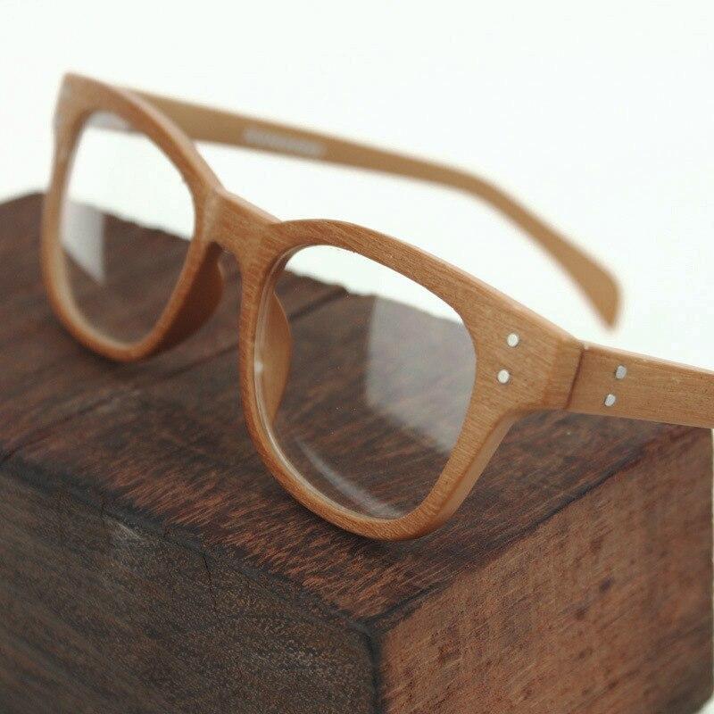 8 cores 2018 Brand new Falso De Madeira listrado Rebites homens óculos de Miopia  Óptico óculos 746696c961