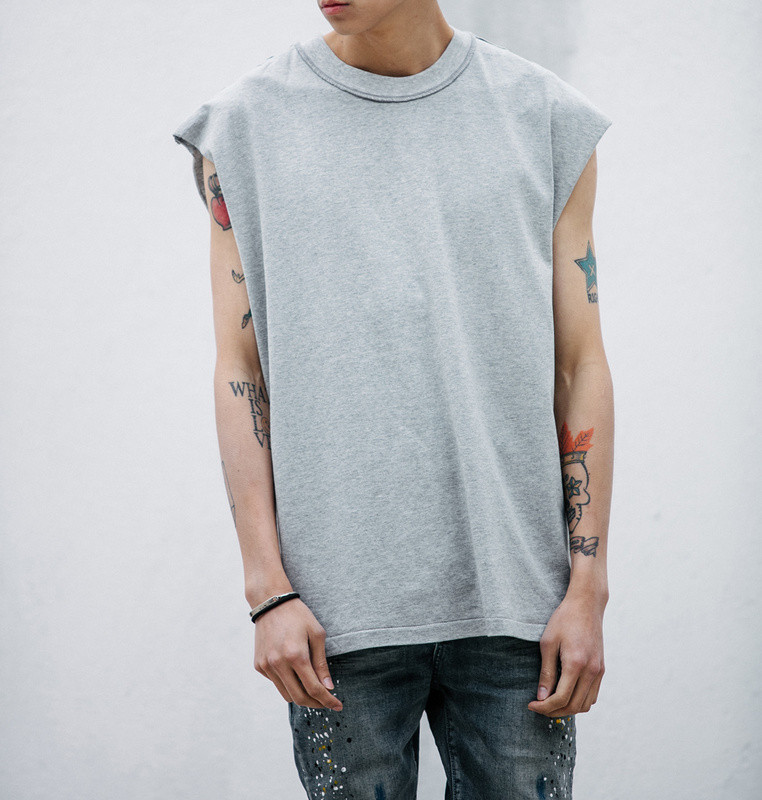 Square boxy cutting men 39 s tank top sleeveless inside out for Cut shirts for men