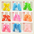 Escolheu Assorted coloridos terno para 29 cm boneca sapatos de salto alto sandálias para bonecas Barby acessórios Brinquedos Meninas sapatos 10 par/lote