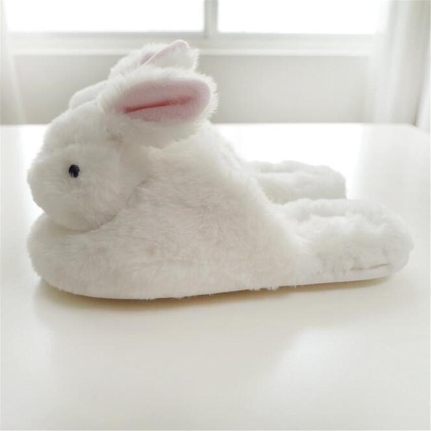Пушистые тапочки кролик