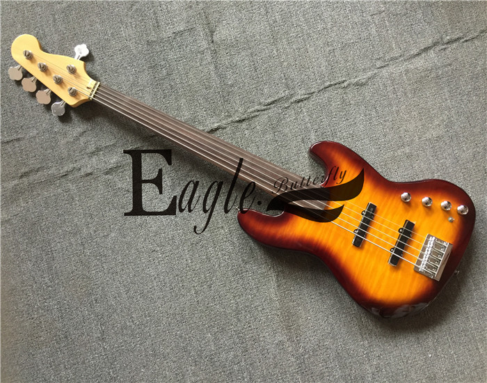 Aigle. Guitare électrique papillon, basse custom shop, No Story, flamme érable placage coucher de soleil basse électrique PJ 5 cordes, en stock.