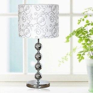 Новый Настольные лампы простой и стильный освещение лампы/ночники/Ткань спальня лампа/сенсорный выключатель fg646