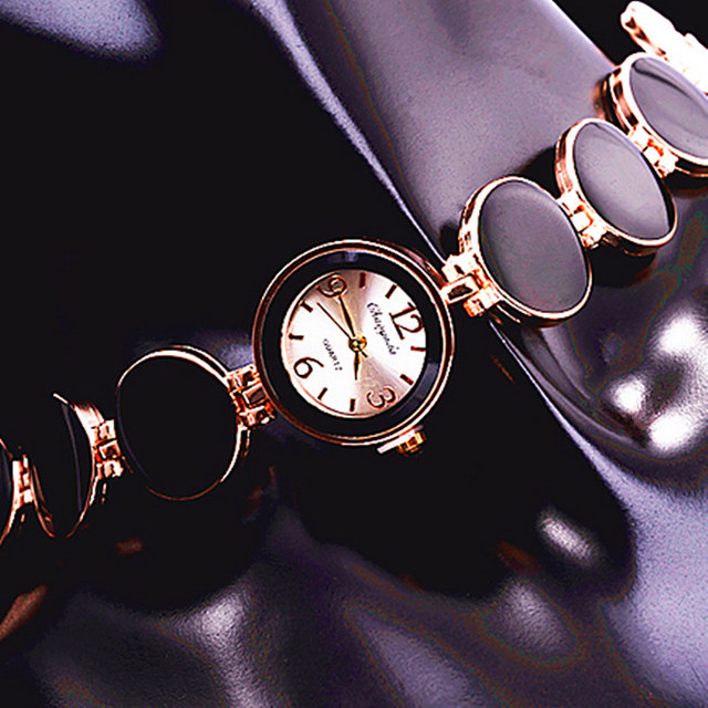 Women Watch Ladies Nobler Fashion Casual 5 Colors Wafer Design Round Dial Bracel