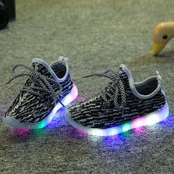 Kids Sneakers Air Mesh Sports LED Light Flat Shoes Running Ultra Soft Sole Child Enfant Girls Boys Luminous Shoes Tennis Summer