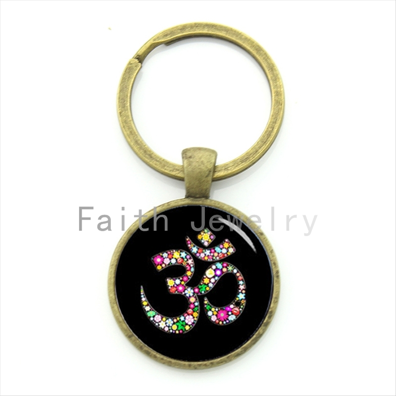 Om Ohm Aum Namaste Yoga Symbol key chain charming bright colorful om logo keychain pretty Indian style women jewelry gift KC481