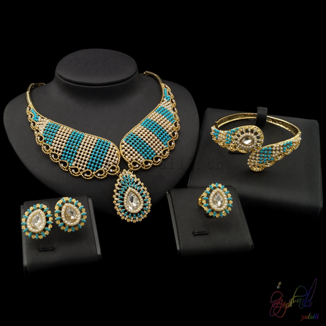 Free Shipping Brazilian Jewelry Designers Accessories For Women Trendy Design Dubai Gold Jewelry Sets trendy flat collar sleeveless pocket design buttoned dress for women