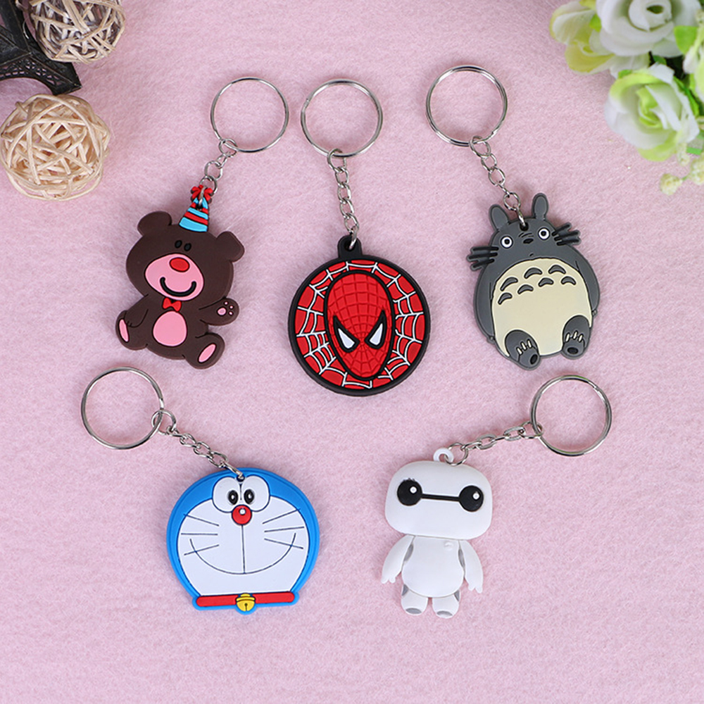 100 PCS/pack Popular cartoon characters Keychains Movie role Key chain Bag Pendant surper hero keyring hot sell key ring
