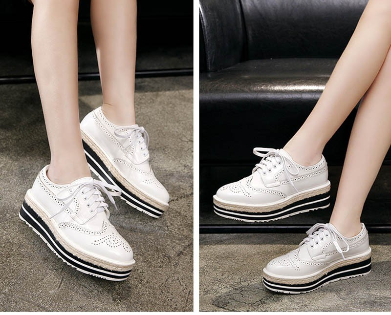 Vintage Women Brogue Shoes Lace Up Hemp Thick Bottom Oxfords Shoes For Women Mirror Patent Creepers Ladies Flat Platform Shoes (9)