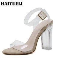 סנדלי נשים קריסטל PVC ברור תמציתי נעלי רצועת אבזם נעלי נשים סנדלי מסיבת עקבים גבוהים סקסי Clear שקוף