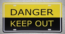 1 pc Danger keep out warning prohibition no trespassing Tin Plates Signs wall man cave Decoration Metal Art Vintage Poster