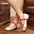Plum Цветок Вышивка Женщины Мокасины Обувь Китайский Стиль Старый Пекин Мэри Джейн Высокие Топ Случайные Квартиры Танцевальная Обувь