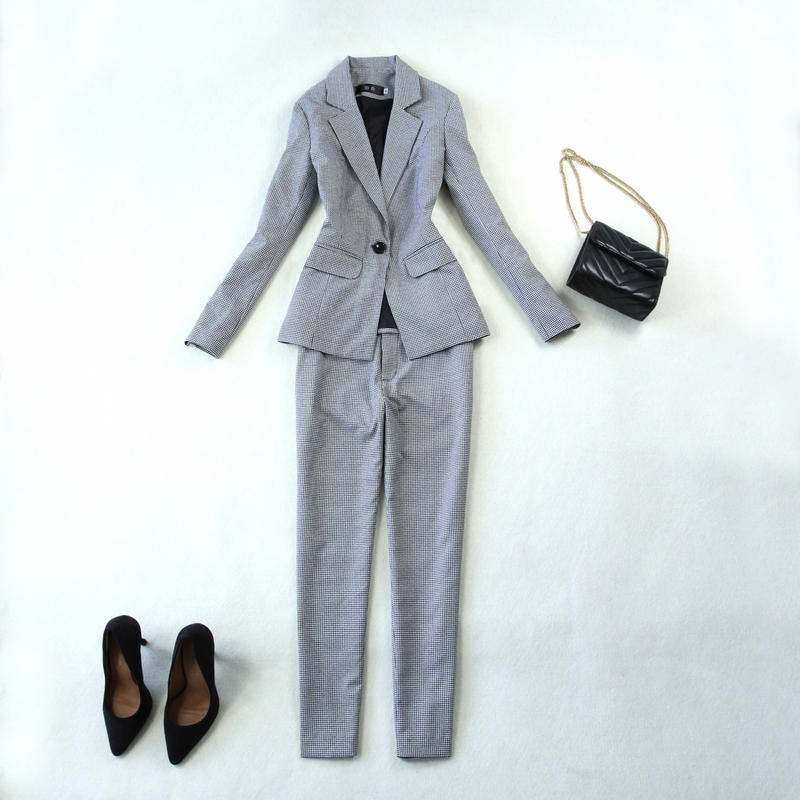 Autumn and winter new Ms. OL temperament Slim set of checkered business career a buckle suit + pants
