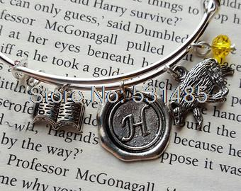 12pcs/lot HP Hufflepuff Expandable Bangle Charm Bracelet