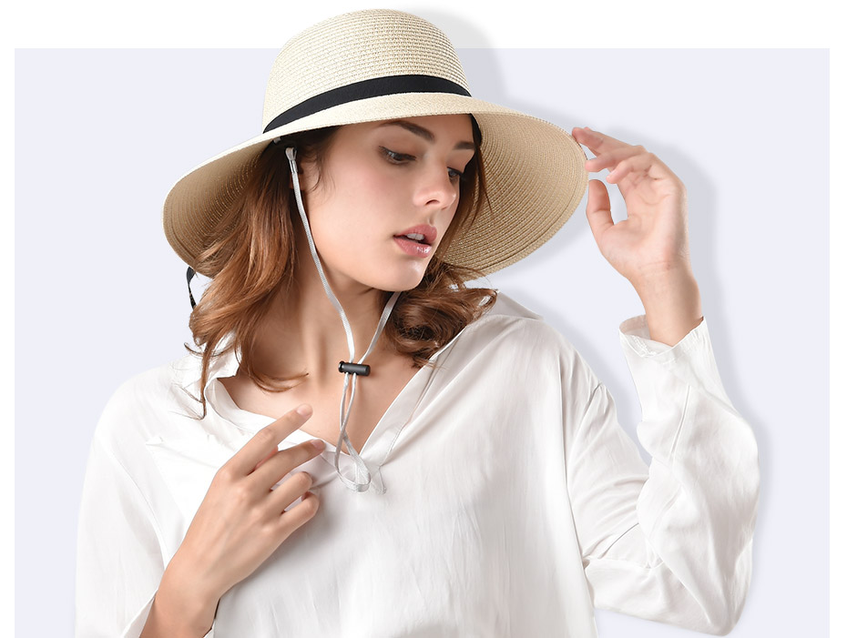 c989aee3706 Classical hats for women are an effective accessory to make you look great  on summer beach