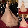 Vestido de La Celebridad de lujo Con 2015 Escote de Tul Perla Y Red Carpet Vestido Con Delicadas Flores Apliques Celebritys