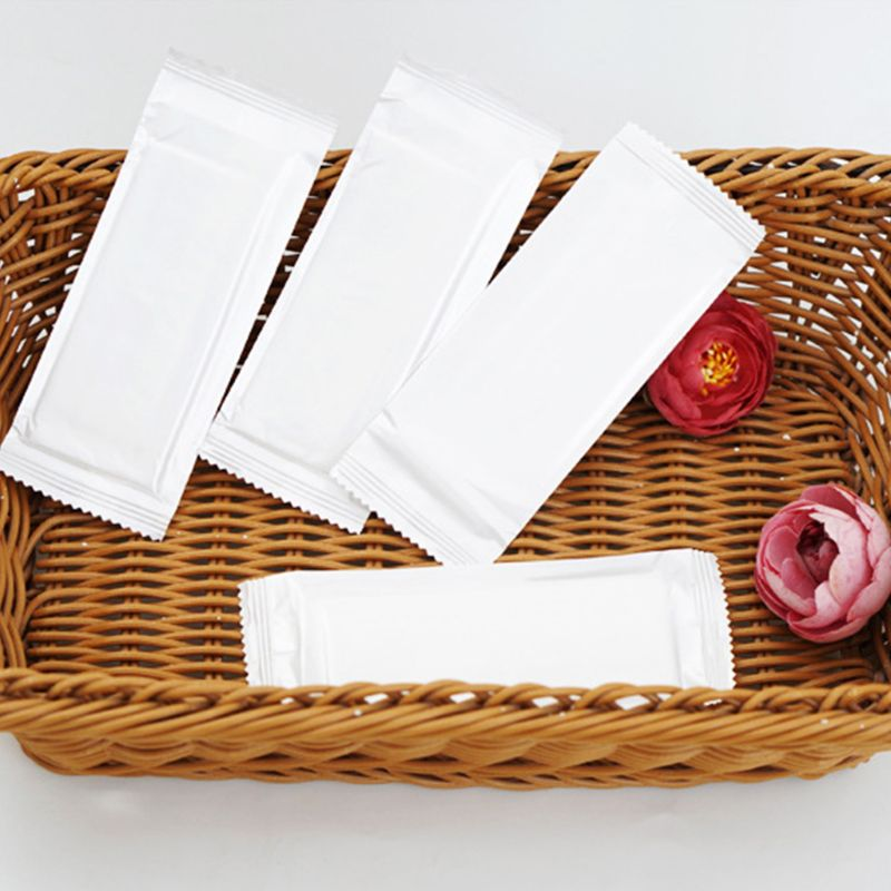 Disposable Non-Woven Aloe Essence Hand Wet Wipes Tissue Portable Office Outdoor Tableware Solid White Color Individually Wrapped