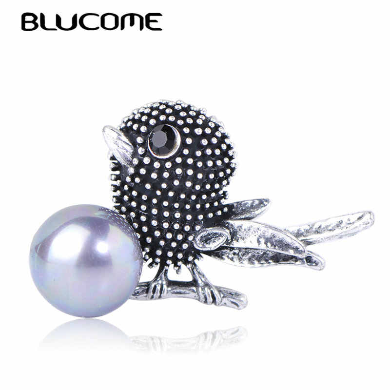 Blucome Vintage Bird Shape Brooches Simulated Pearl Antique Silver Animal Jewelry Women Girls Party Scarf Suit Pins Accessories