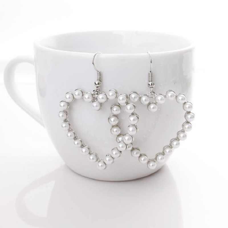 Hollow miękkie słodkie retro geometryczne serce miłość serce serce kolczyki kolczyki proste ucha biżuteria kobiet prezent hurtowych