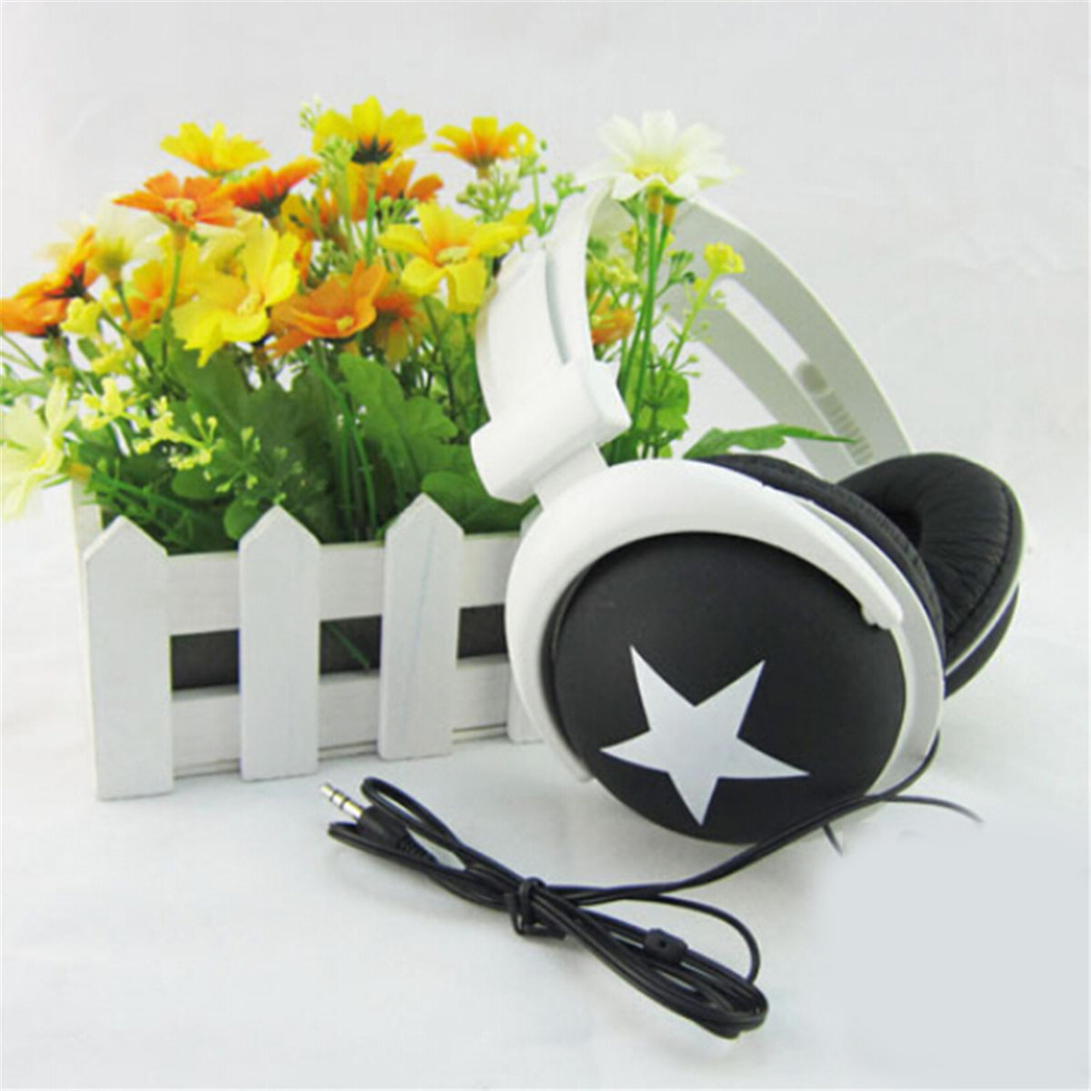 Affordable Brand New High Quality Soft Comfortable Wear Wired Headphone for Sport MP3 MP4 PC Laptop Smart Phone image