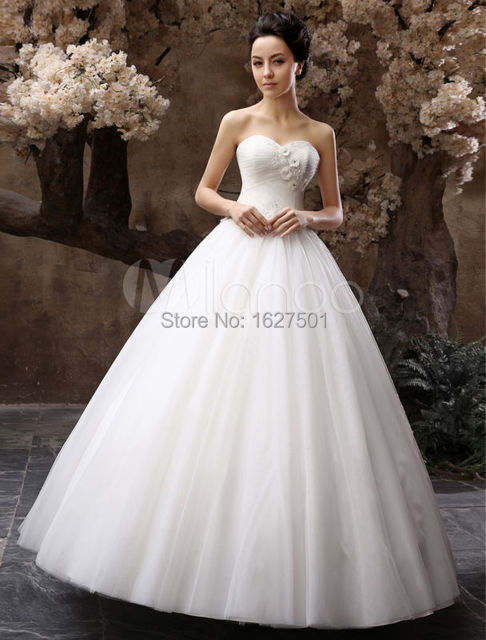 Vestido De Noiva Elegant White Ivory Ball Gown Sweetheart Tulle Wedding  Dress Bridal Gown Custom Size With Cheap Wedding Gloves 4b4a8cce4a3f