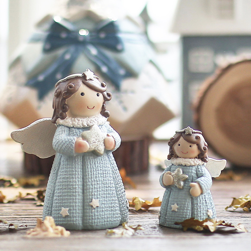 Europe Style Creative Christmas Girl Miniatures Model Resin Crafts Figurines Wedding Home Decoration Accessories Gifts