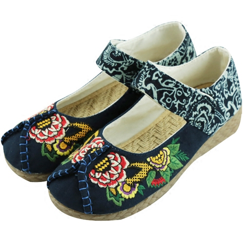 Fashion Old Peking Cloth Flats Shoes Chinese National Style Soft Sole Rose Embroidery Casual