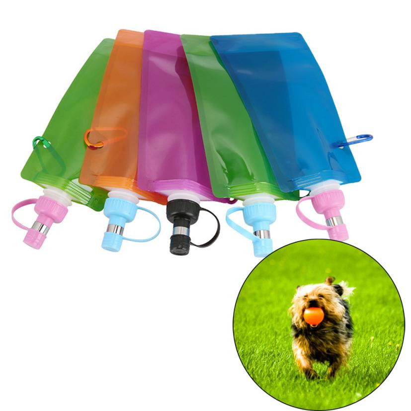 Foldable Plastic Dog Cat Drinking Water Feeder Outdoor: Portable Dog Water Feeder 500ML Dog Travel Water Bag