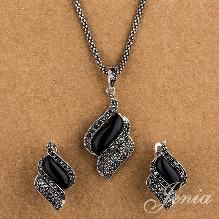 dating marcasite jewelry Jewels collecting dust - marcasite - jewelscollectingdust retailer of antique & collectible jewellery.