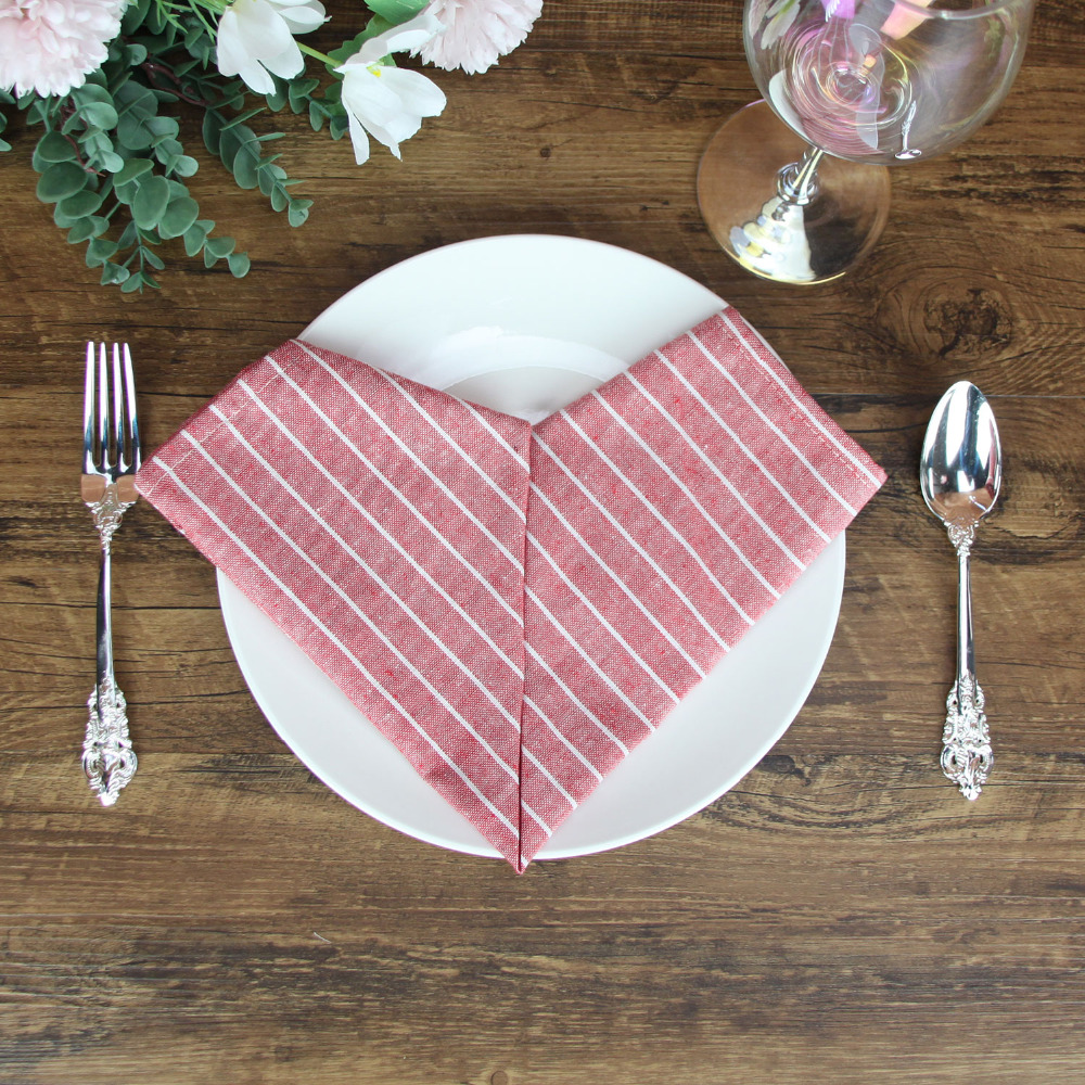 Display_Napkins_002_Red