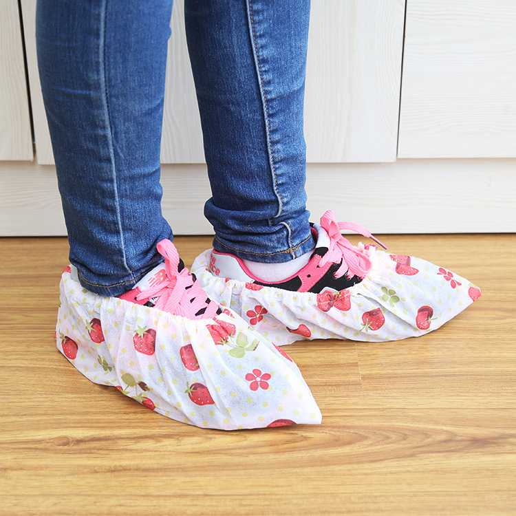1Pairs Fshion Women Shoes Cover Washable Cloth reusable convenient dust-proof Home Cleaning Shoes covers on Carpet and Floors
