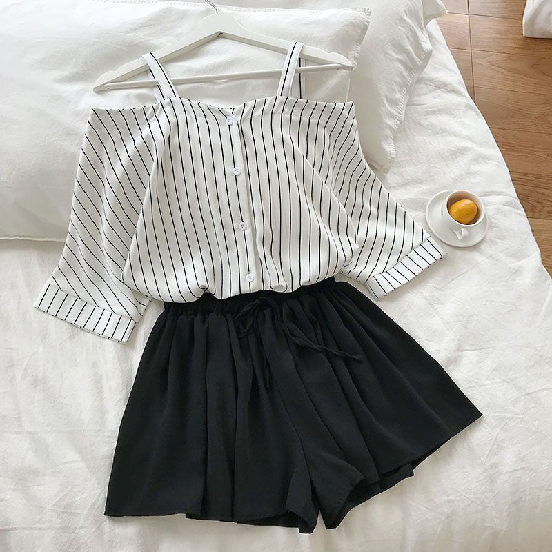 HTB1U9 Te8OD3KVjSZFFq6An9pXat - new fashion women's two piece set Fresh striped off-the-shoulder loose blosue top + elastic waist shorts suit