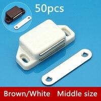 50 pcs M002 Gros Blanc/Brun Magnétique Touch Nylon Cabinet Captures Arrêt De Porte Avec Vis Pour Meubles Matériel