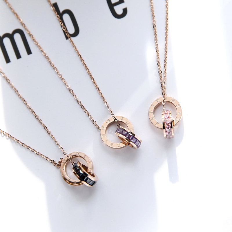 2019 Classic Brand Love Two Circle Double Buckle Necklace