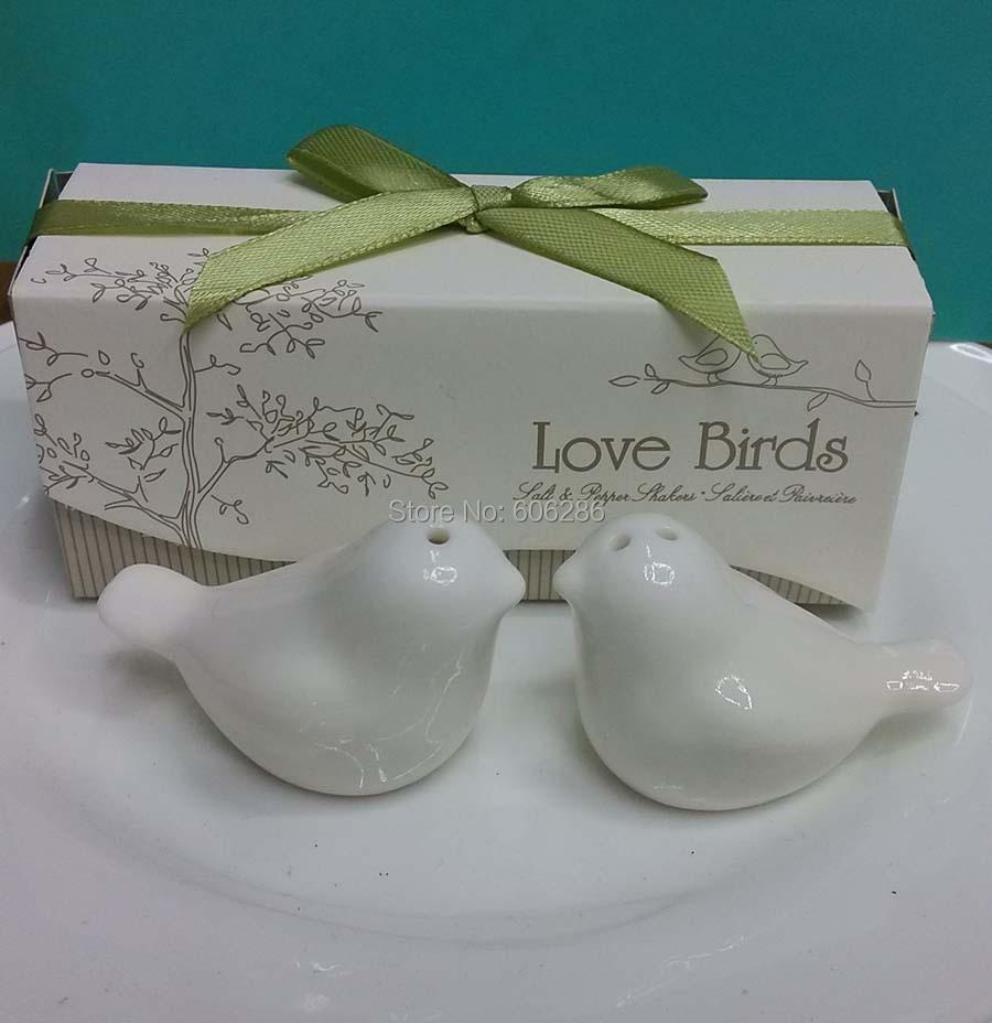 Hot Sale Small Gift Ceramic Cruet Set Love Birds Salt And Pepper