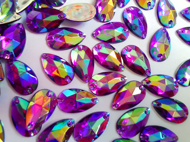 Sew on Loose Beads Crystals Purple AB colour Rhinestones Accessories For Hand  Sewing Stones 150pcs 11 0f21a582f4dd