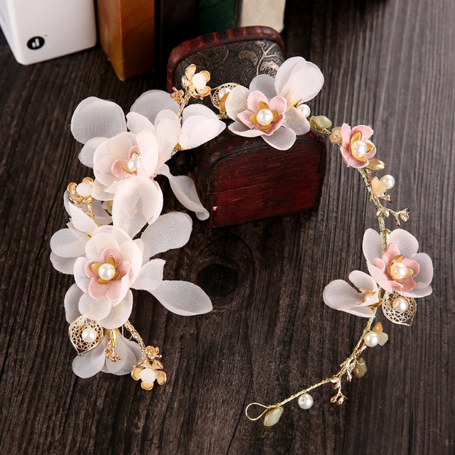 Korean wedding bride headdress flower ring hand headdress Sen female hair accessories wholesale sea shooting