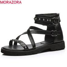 4c828029b MORAZORA 2018 nova moda genuína mulher sapatos de couro zip rebite do punk  senhoras sapatos casuais sandálias flat mulheres tama.