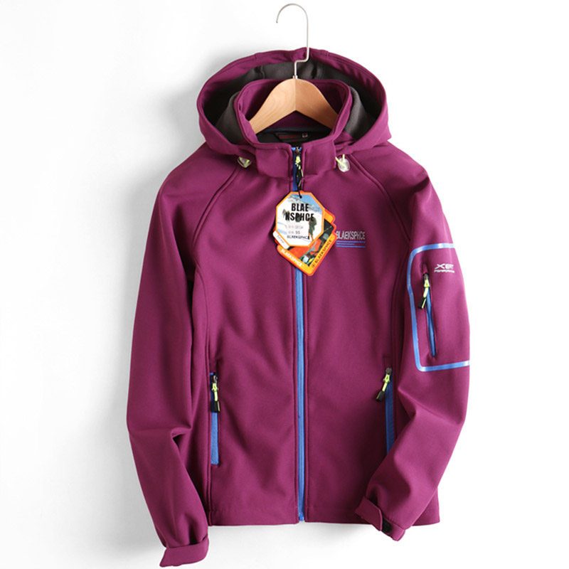 High Quality Autumn Women's Soft Shell Outdoor Jacket Waterproof Windproof Breathable Fleece Warm Coat Camping Hiking Jacket
