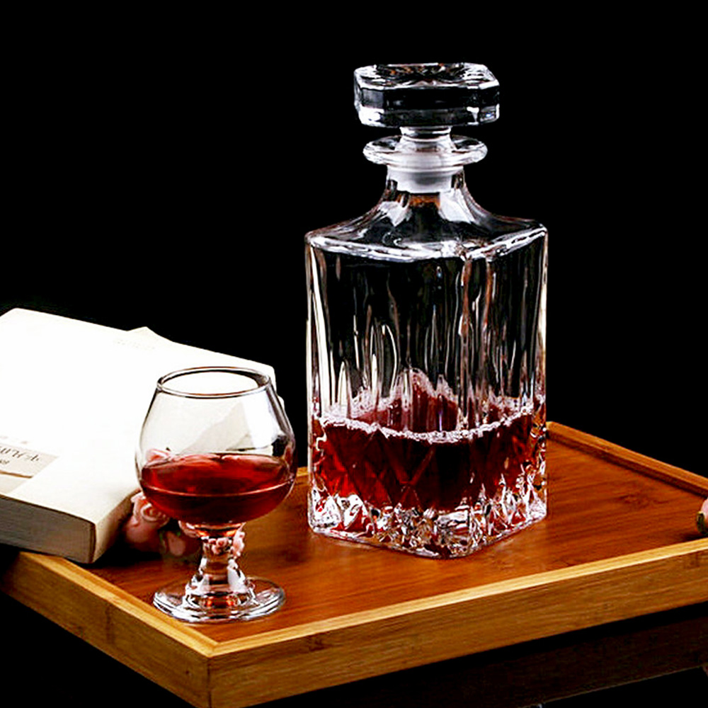 Buy luxury 780ml 148oz lead free square for What is wine decanter