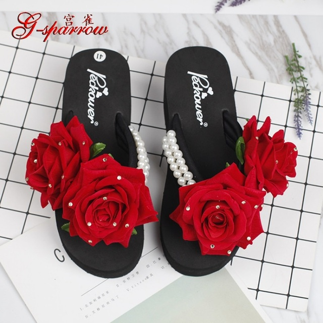 fde22bb0a4edaa 2018 Summer New Handmade Flowers Slippers Pearls Diamonds Roses Beach Ladies  Platform Flip Flops