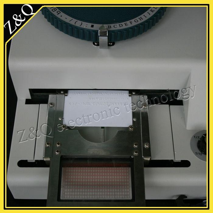 Manuel 75 caractère typographique id pvc carte de presse machine convexe et concave intégrer