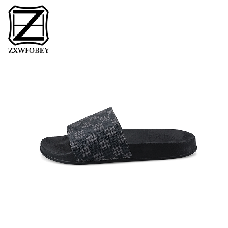 ZXWFOBEY Mannen Slippers Casual Black Non slip Bathroom Slipper Summer Slipper  Soft Sole Beach