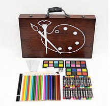 New product Good combination 8 gifts wooden packed with watercolor pencil Oily crayon  watercolor brush as a gift for children