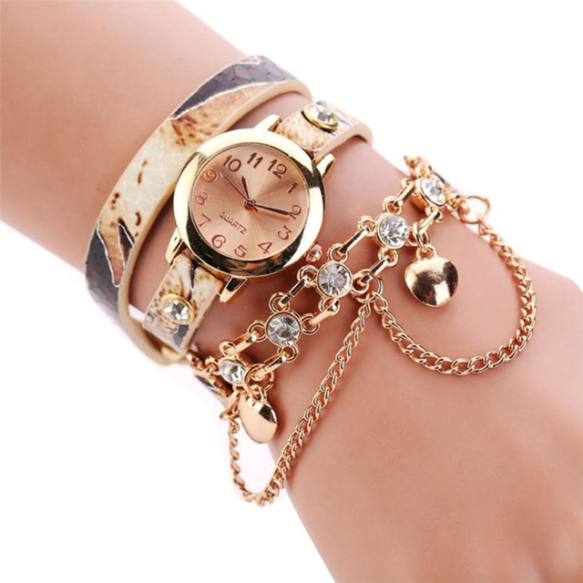 2018 New Fashion Unisex Woman Leather Rhinestone Rivet Chain Quartz Bracelet Wri