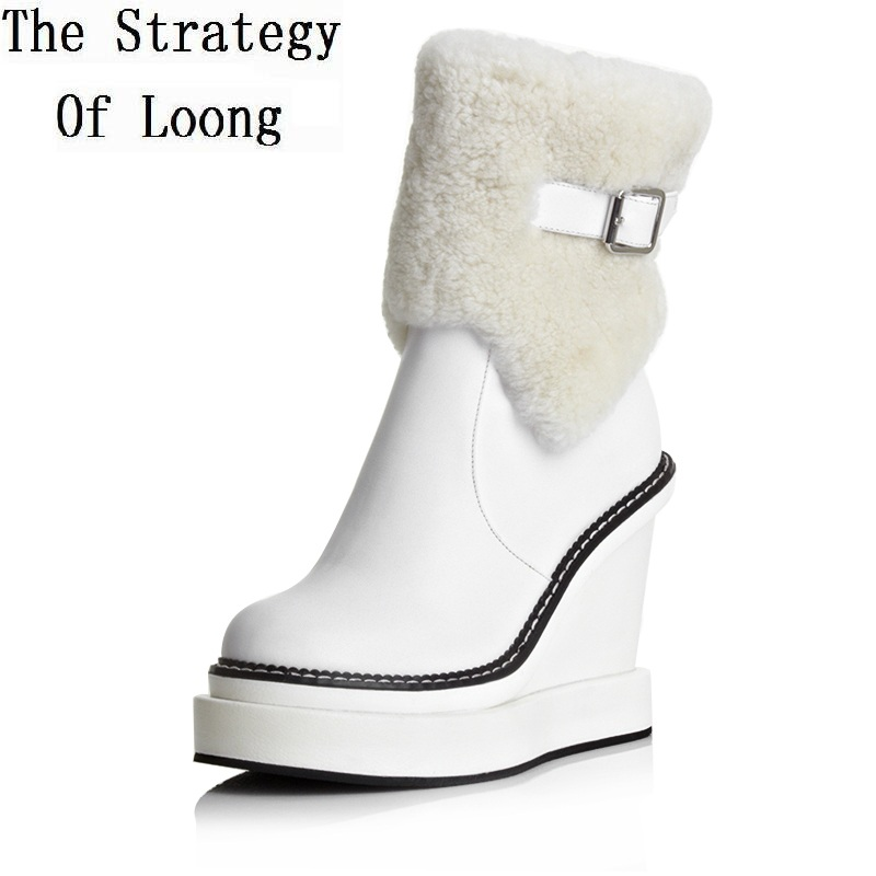 где купить Women Winter Wedges Platform Side Zipper Genuine Leather Buckle Round Toe Fashion Warm Ankle Snow Boots Size 34-39 SXQ0818 по лучшей цене
