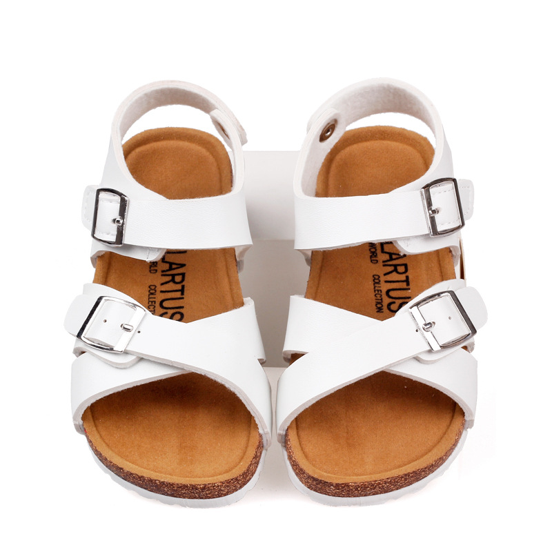 2017 New Arrivals Kids Shoes Boys Shoes Fashion Simple Style Boys Sandals  Solid Color Beach Shoes White Red Girls Sandals-in Sandals from Mother   Kids  on ... 417f468ec823