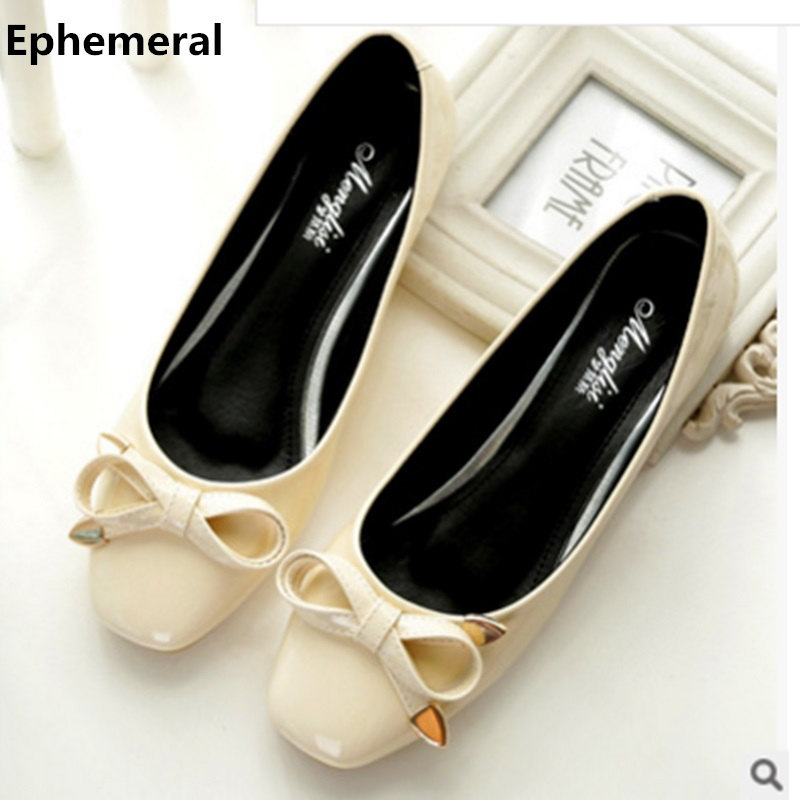 цена на Female flats square toe woman patent leather loafers bow soft sole comfortable ballet shoes for dance grey black plus size 43 41