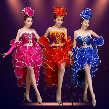 e43dfedce62 Современный танцевальный костюм с пайетками
