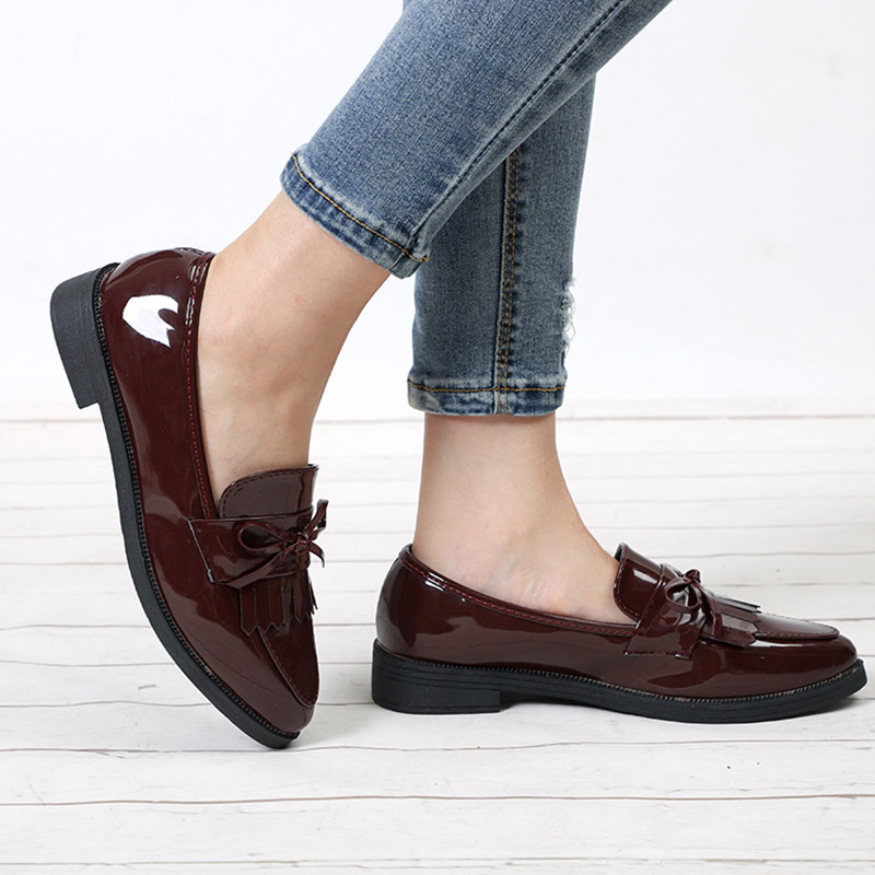 Women Derby Leather Tassel Bowtie Brand Oxfords Female Casual Pointed Toe Flats Ladies Comfort Slip On Autumn Brogue Shoes vintage tassel oxfords woman bowtie flats pointed toe buckle strap high quality spring shoes xwd3697